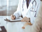 Report de l'échéance des visites et examens médicaux